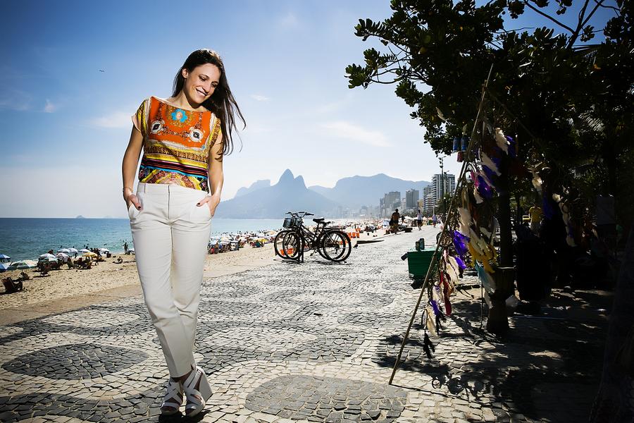 Carminho na calcada de Ipanema, Rio de Janeiro, Brasil 29-01-2015 fotografia: Marisa Cardoso